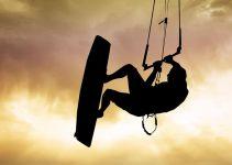 Comment bien débuter le kitesurf – Matériel, conseils, …