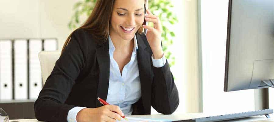 Hôtesse d'accueil dans les petites et moyennes entreprises