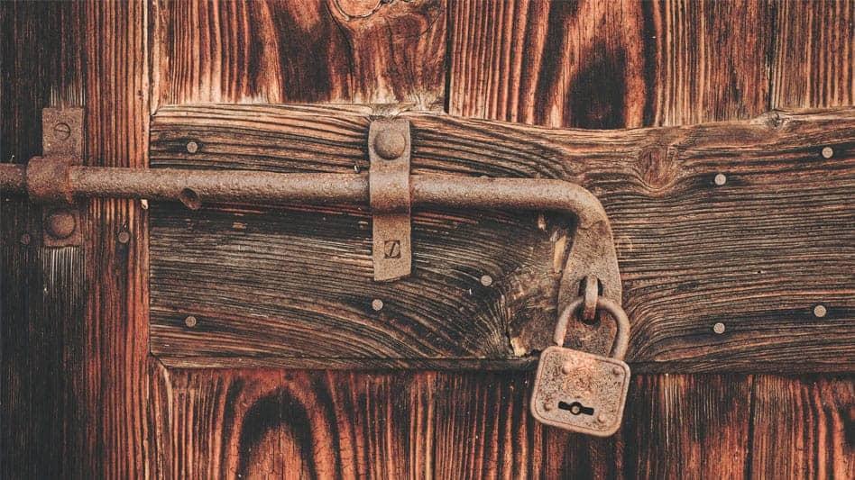 Good La Porte Duentre Luaccs Principal De Votre Habitation Et Une Faiblesse  De Votre Protection With Changer Porte Sans Changer Bati